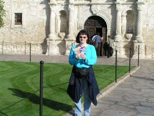 Flat Stanley and I visit The Alamo in San Antonio